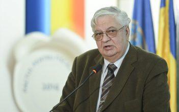 Profesor Mircea Cosea - em360